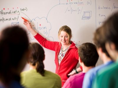«Иностранный язык (английский язык). Методика преподавания иностранного языка» с присвоением квалификации «Преподаватель иностранного языка (английский)»